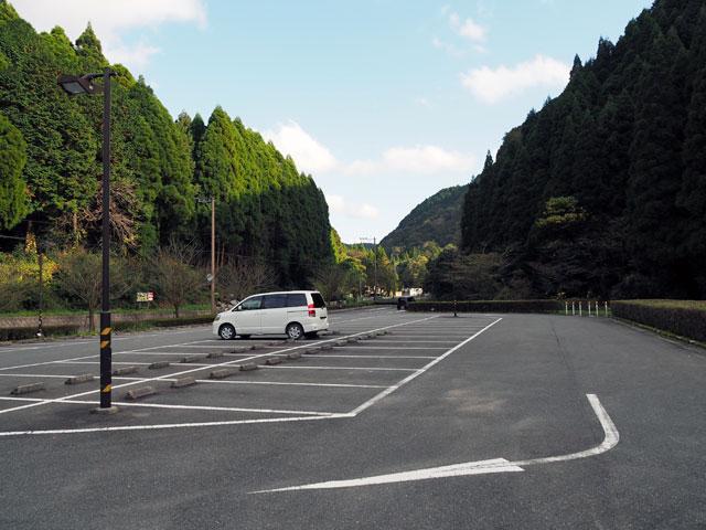 一ノ瀬公園の駐車場